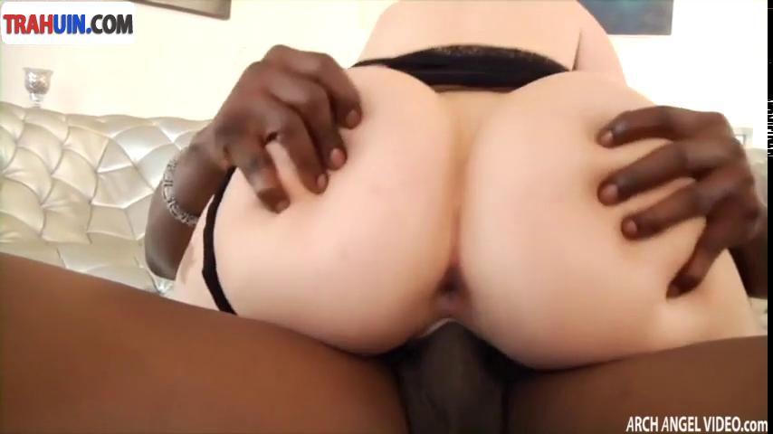 Межрассовый анальный секс видео
