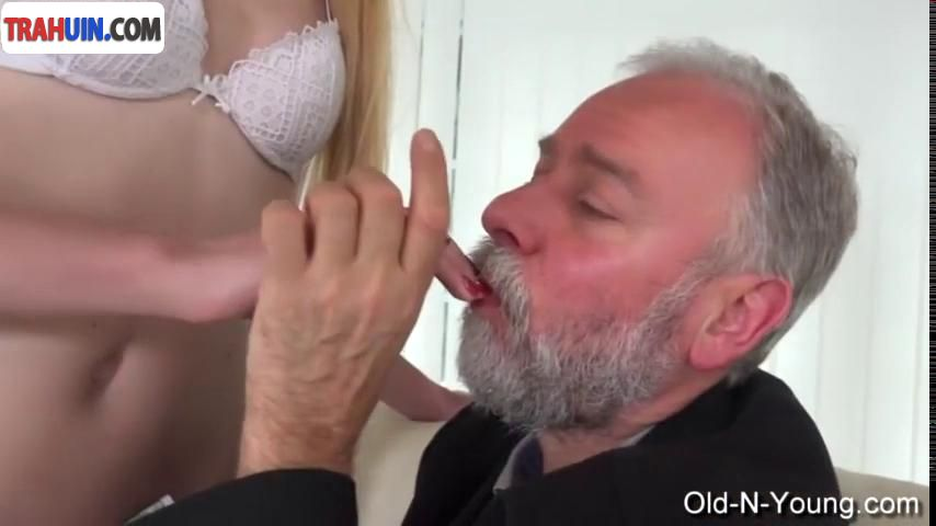 Старик извращенец порно